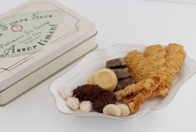 パッケージの可愛らしさ、焼き菓子の美味しさが嬉しいクッキー缶