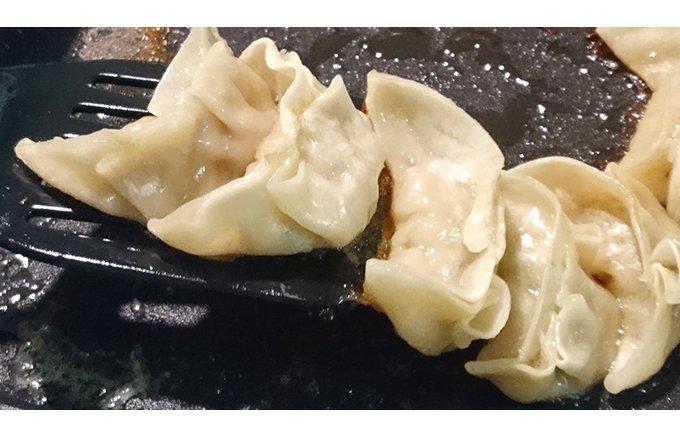 もちもちの皮、ジューシーな肉系具材。 神戸・淡水軒の「餃子」!