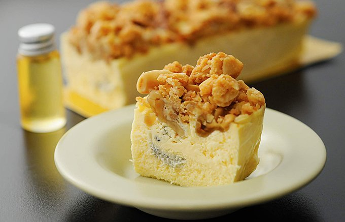 デセール史上最強!?ゴルゴンゾーラ+ハチミツの「大人のチーズケーキ」
