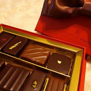愛を語るバレンタインは、心を結ぶ「アンリ・ルルー」限定ショコラを。