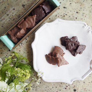 仏国家最優秀職人章に輝いたローラン&京子デュシェーヌの『フロランタンショコラ』