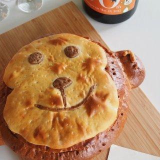 誕生日やお祝いに! オーダーメイドのサンドイッチと迫力のシャンパーニュ