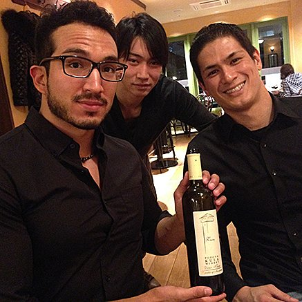 古代のロマンがゆっくり花開く。アレクサンダー大王の故郷から届いたワイン。