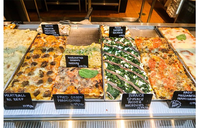 サクサクの生地と季節の食材がたっぷり乗った!ローマの人気ピザ「BONCI」