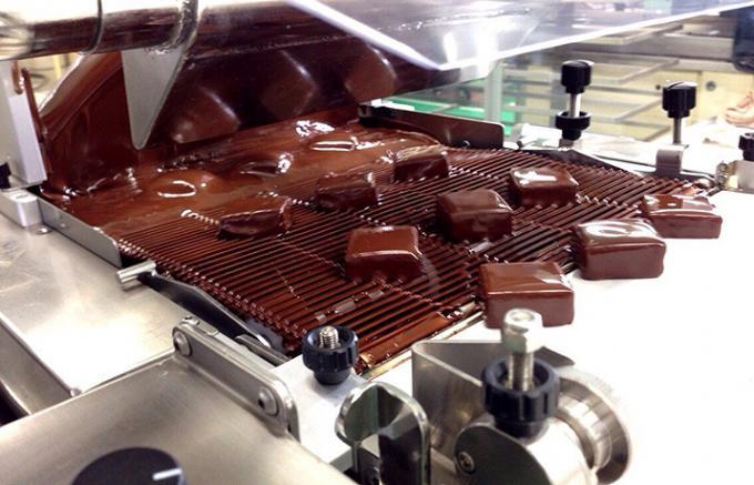 名古屋の人気店シェ・シバタの郷土食材を使った新作チョコレート