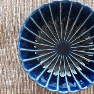 日本の伝統色。でも今っぽい感じの「茄子紺ブルー」の器。