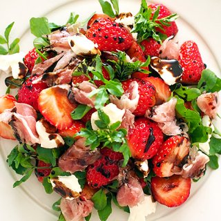 野菜も果物もとびきり美味しい料理に変身させる、魔法のビネガー