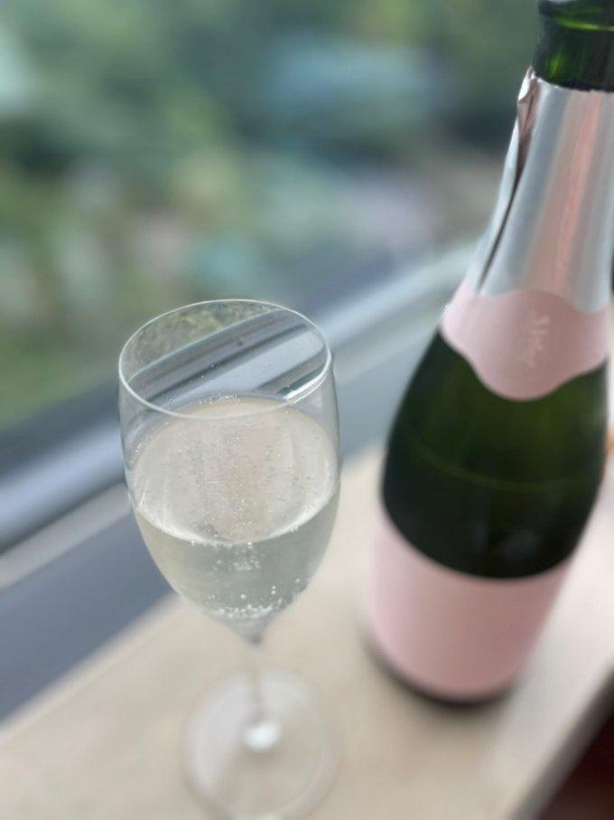 大切な人に贈る、アラン・デュカスと七賢の限定コラボスパークリング酒