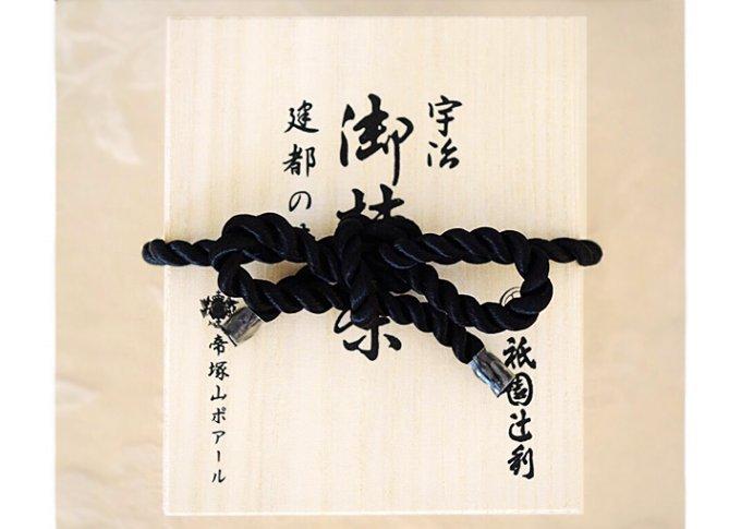 特別な贈り物に!格式のあるこだわり木箱入りの高級感漂うスイーツ5品!
