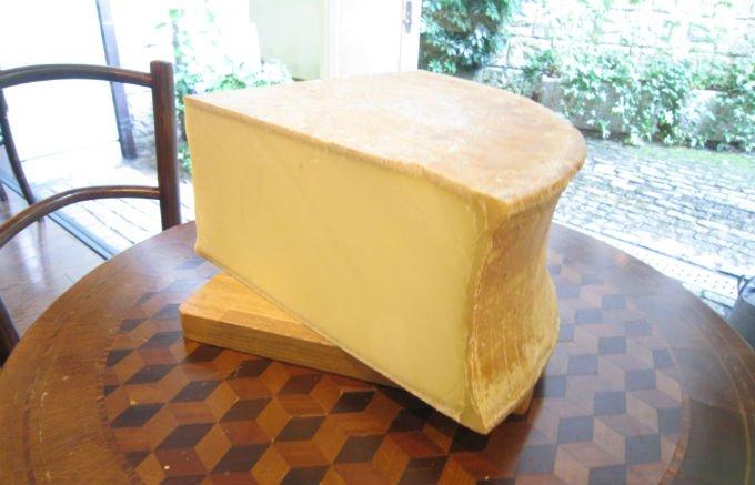 去りゆく夏と共に味わうチーズのプリンス「ボーフォール・エテ」