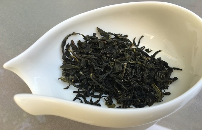 土佐発!JAS認定畑生まれの自然栽培茶 国友農園の「りぐり山茶 風蘭香」