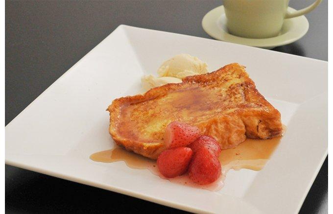 おうちでホテルの極上フレンチトーストの朝食を。