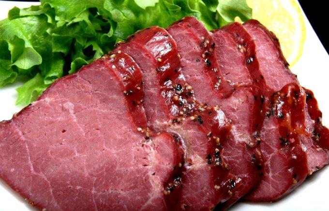 長野発!馬肉の燻製&ブラックペッパー味で、まさに大人な味わい