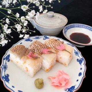 【春限定】か、かわいすぎ!一口で幸せになれる、極上おうちお花見寿司!