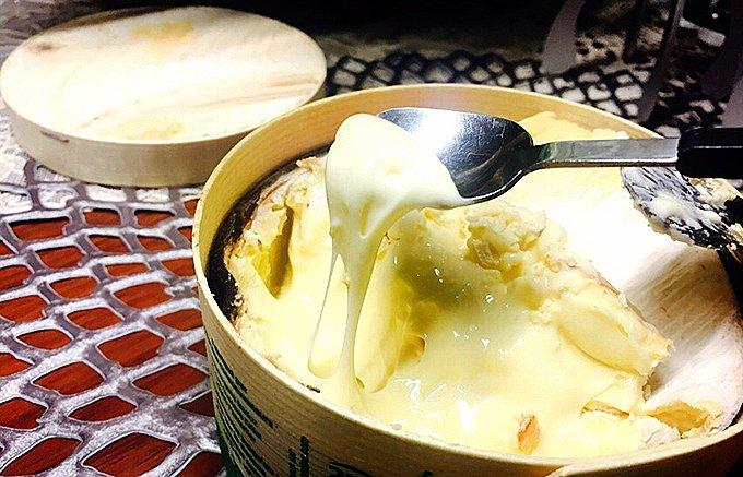 """チーズ好きの憧れ""""絶対に外せない""""冬季限定チーズ「モン・ドール」"""