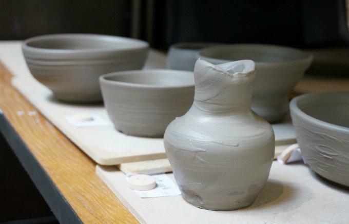 作る楽しさと、使う愉しさの両方を体現できるアットキルン青山の「器」