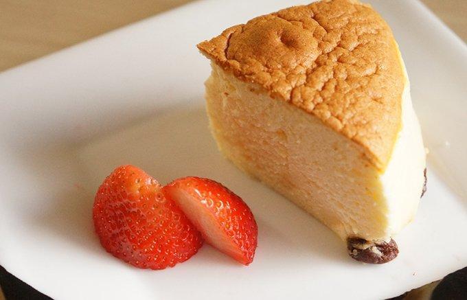 【大阪限定】1回に12個のみ!予約をしても食べたい焼き立てチーズケーキ