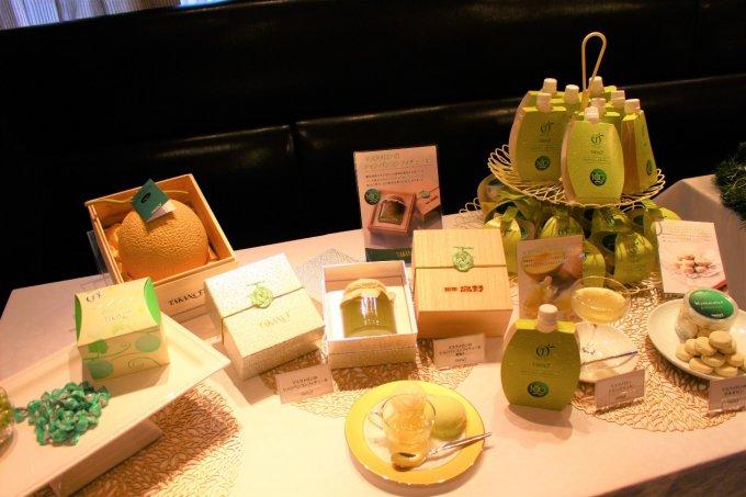 【東京都】マスクメロン取り扱い100周年記念品がお披露目「フルーツ高野」