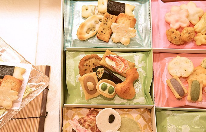 銀座で生まれ育った菓子屋「銀座あけぼの」に行ったら、絶対買いたいおかき3選