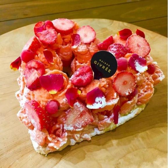 ボーナスが出たらマスト買い!一度は食べたいあの人気シェフ渾身のケーキ
