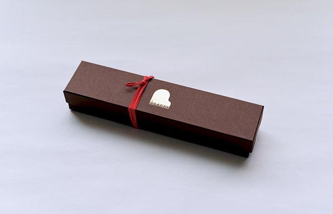 冬期限定のクーベルチュールチョコレートを使ったチョコレート味の「ジャズ羊羹」