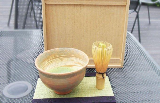 海外の方にもおすすめ!気軽にお抹茶を楽しめる「旅する茶室〜美心禅茶BOX~」