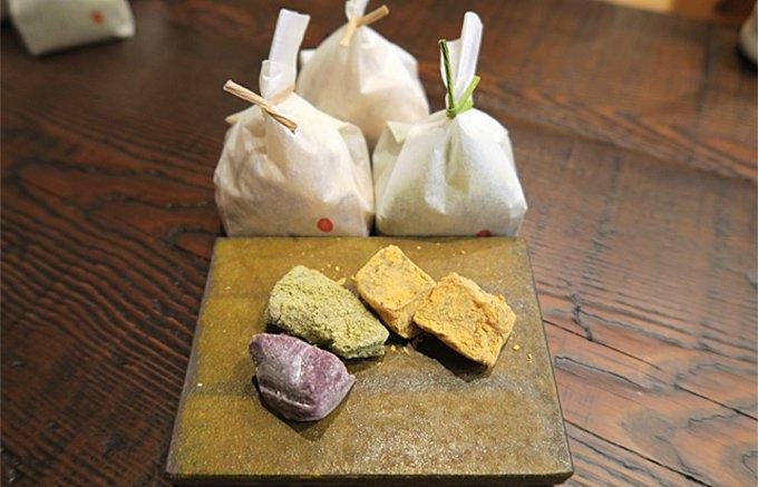 今注目の金沢ひがし茶屋街みやげ!老舗和菓子店の挑戦「おぼろ月」と「くるわ餅」