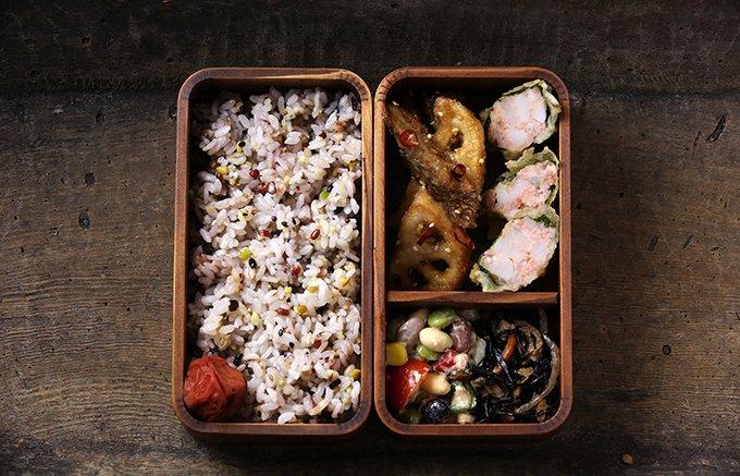 たったこれだけで1食で30品を摂取できる国産の「三十雑穀」