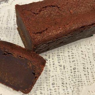 味わいが楽しめる『ミホ シェフ ショコラティエ』のガトーショコラ「カラク」