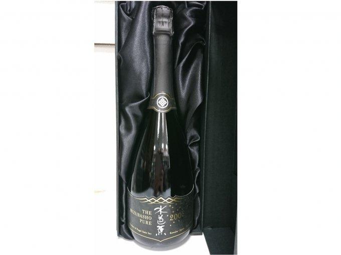 通な外国の方も喜ぶ!スパークリング日本酒「水芭蕉ピュア 2008ヴィンテージ」