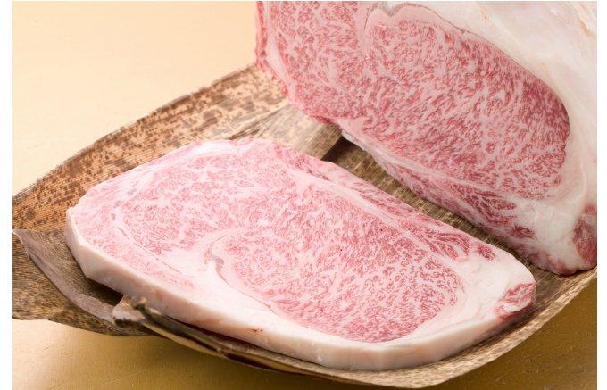 肉質はきめ細かくトロけるような食感で上品な脂が魅力の石川県のブランド牛「能登牛」