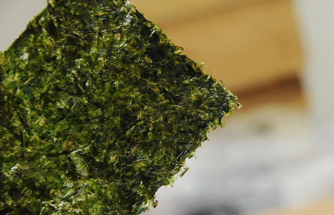 特選海苔で一段と美味しくなる「おにぎり」の味