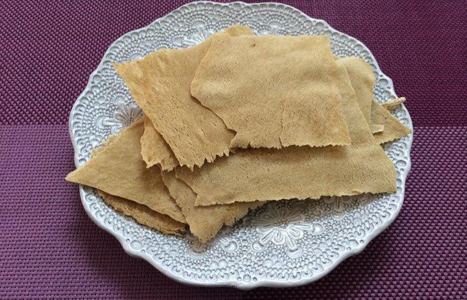 栗きんとんを煮るときの「おこげ」がお菓子に!中津川 仁太郎の「栗おこげ」