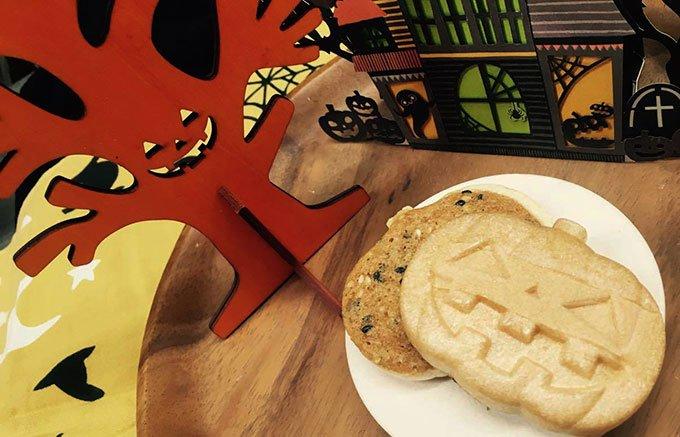 SNSで話題沸騰中!静岡県沼津市の和菓子屋「みやこ庵」の「ハロウィンサブレ」