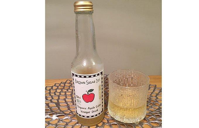 ブラウンシュガーファーストのこだわり100%オーガニック『りんご酢』