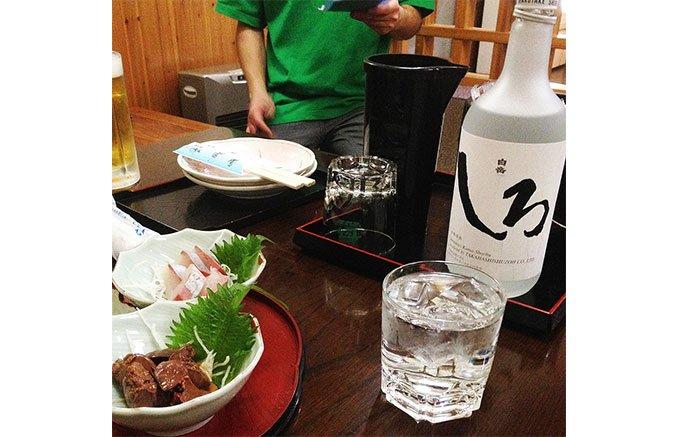 熊本の本格米焼酎を使った新食感スイーツ!もちもち焼酎レーズンサンド
