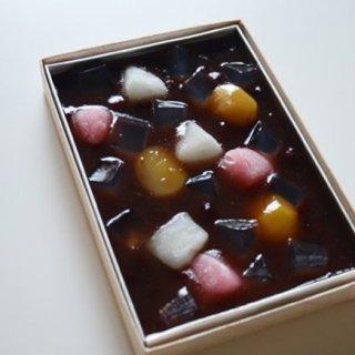 老舗や話題のお菓子が軒を連ねる手土産の宝島「麻布」のおすすめ菓子折り