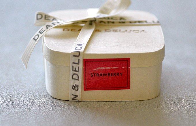 恋するスイーツDEAN & DELUCAのチョコレート ディップド ストロベリー
