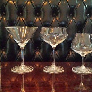 ドイツのバーテンダー監修!グラス底部に施されたデコレーションが美しいグラス!