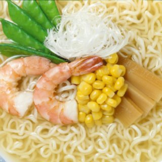 北海道限定販売!澄んだあっさりスープが決め手!すりごま入りで風味豊かな一杯!!