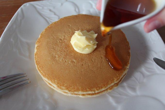 えっ!これ全部セット?おうちカフェに最適なマリンフードのパンケーキ&ワッフル