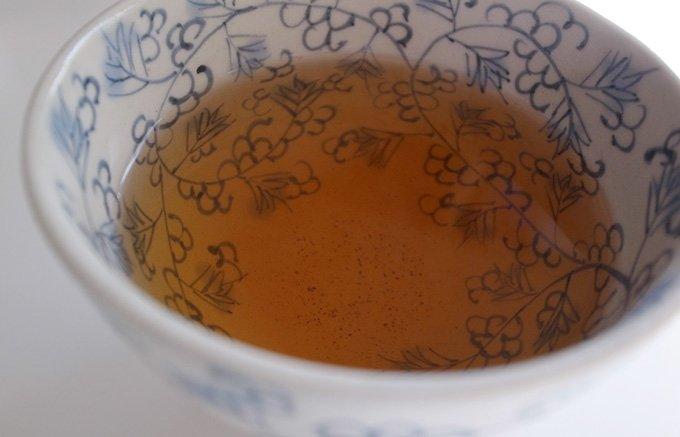 12月の体調管理に必須のアイテム!烏龍茶に高麗人参をブレンドした「人参烏龍茶」