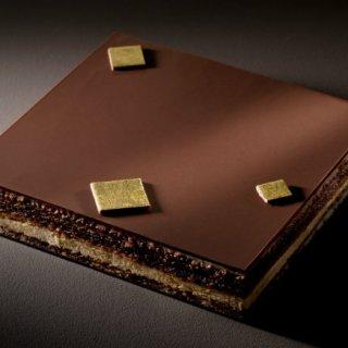 """バレンタイン後でも食べたい! チョコのイメージが変わる""""感動""""チョコレートケーキ"""