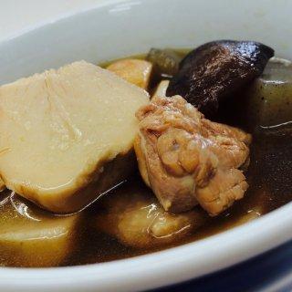 300年の伝統ある愛媛県大洲の郷土料理「いもたき」を無添加レトルトで