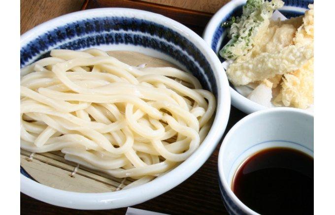 日本酒の大吟醸をヒントに考案された最高級讃岐うどん「幽玄プレミアム」