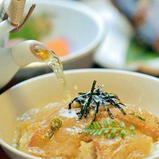 江戸時代のお殿様を喜ばせた、大分で300年以上の歴史あるお店の鯛茶漬