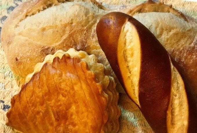 富士山の麓でM.O.Fパン職人のパン。リンデンバウムの「バタール ラロス」