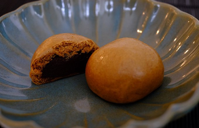 100年以上、変わらぬ味を守りぬく。葉山・永楽家の「黒糖まんじゅう」