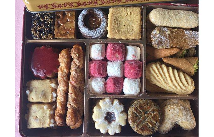 お土産に最適!宝石箱のような『アトリエうかい』のクッキーの詰め合わせ