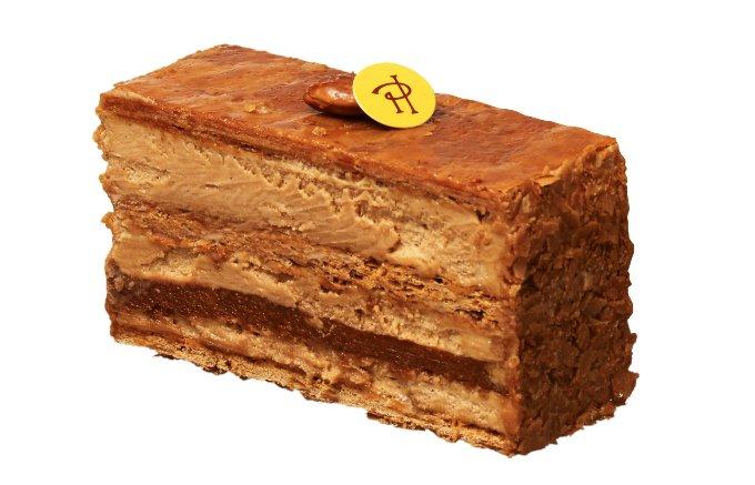 パリパリっとしたパイに2種類のクリームがたまらない「ドゥミルフィーユ」